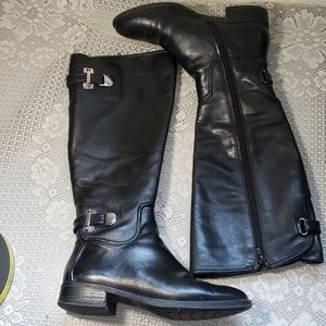 Antonio Melani leather boots